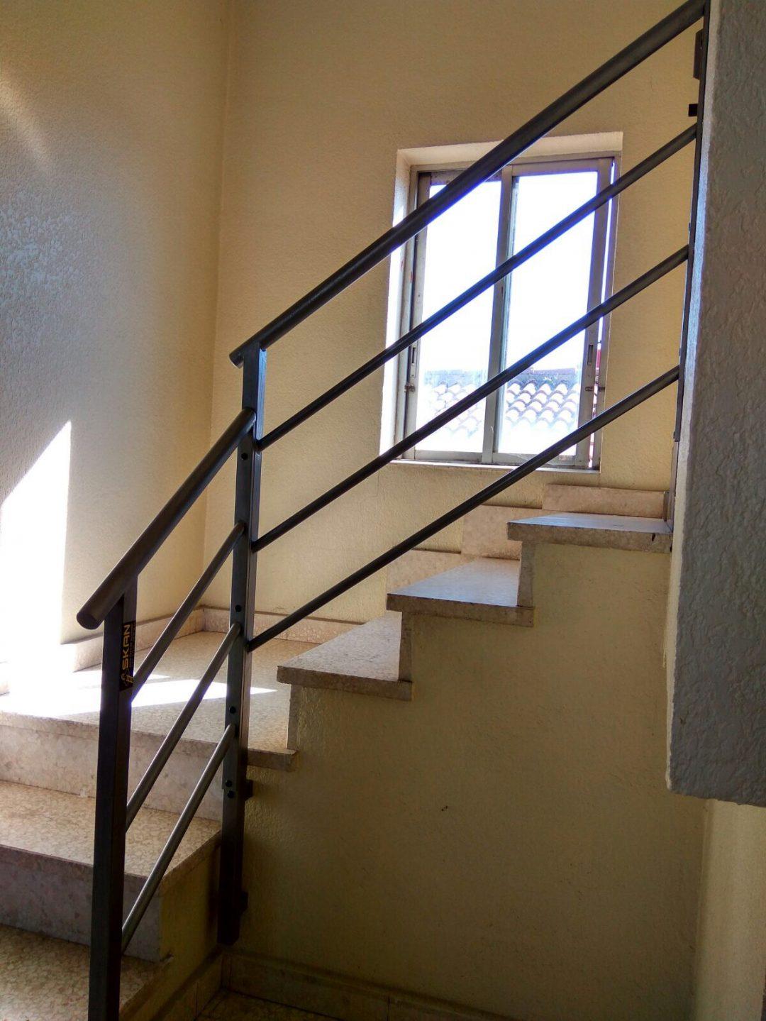Barandillas Para Escaleras De Ccpp Skan - Barandillas-para-escaleras-interiores